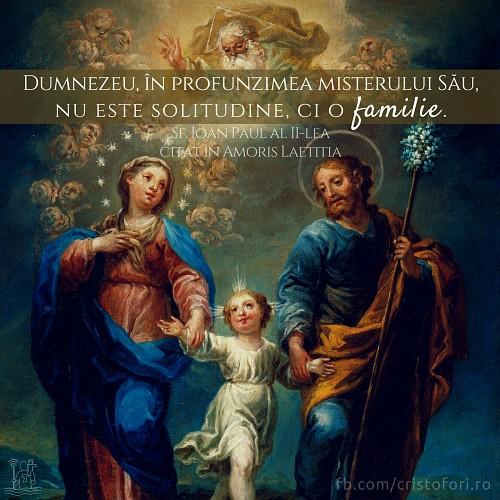 Dumnezeu nu este solitudine, ci o familie