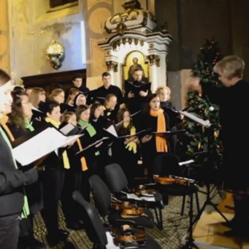 Corul Angeli: Concert de colinde